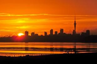 Sunrise over Auckland ©  Kathrin &Stefan Marks via Flickr